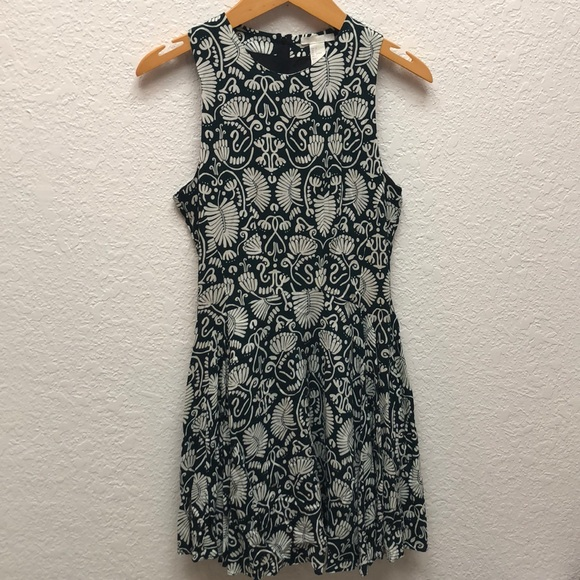e1a29321c H&M Dresses   Hm Botanical Fern And Floral Print Dress   Poshmark
